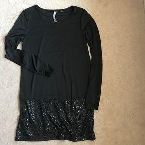 Kensie Long Sleeve Sequin Dress